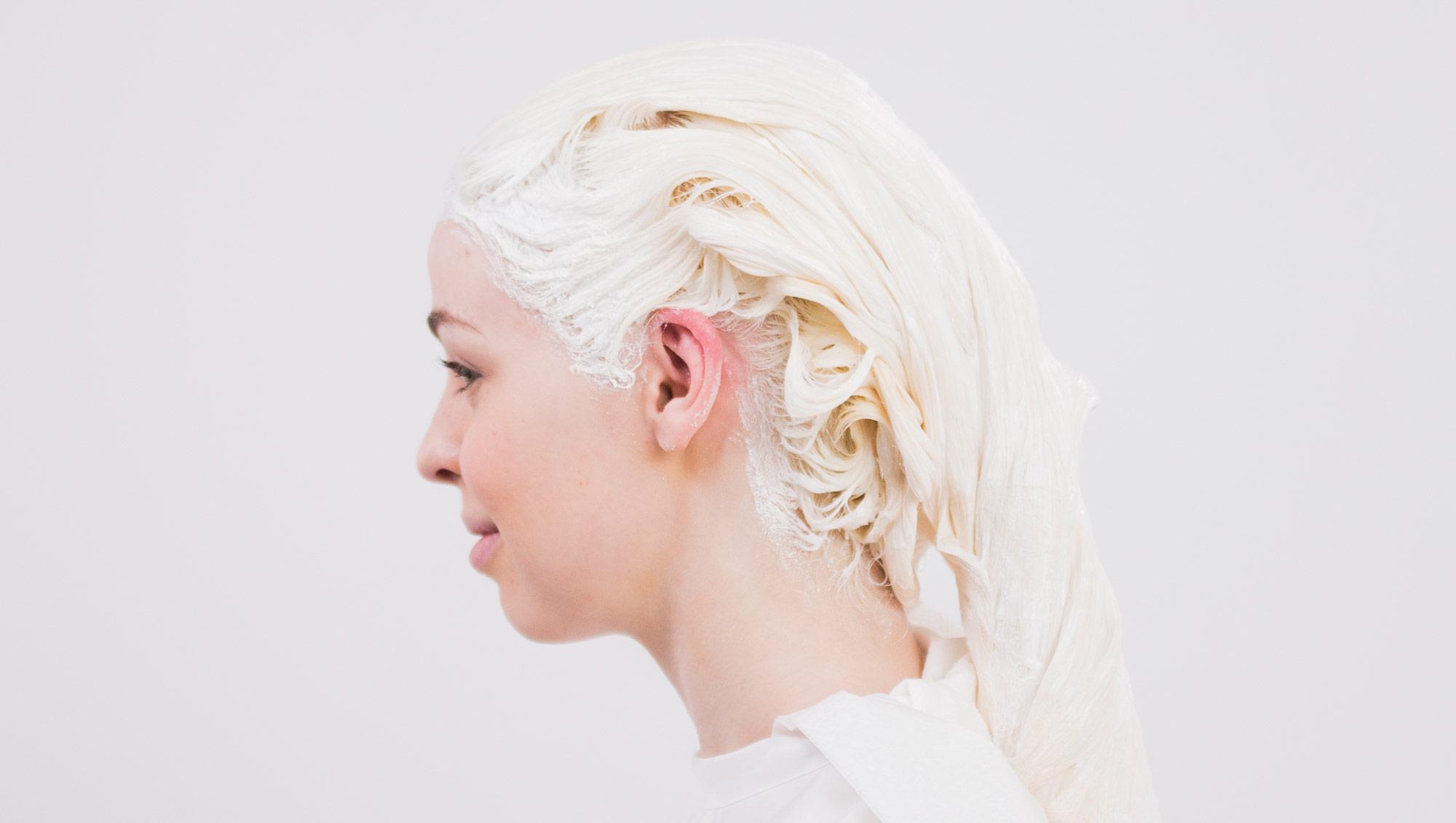 Bleach or lightening hair color?